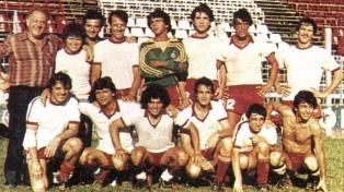"""Carlos Calvo y su paso por el equipo de fútbol de """"Los galancitos"""""""