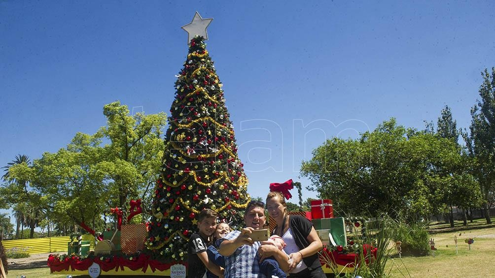 En Santiago del Estero, para las Fiestas de fin de año se autorizaron las reuniones familiares hasta 20 personas y se amplió el horario de circulación a 24 horas.