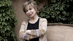 """Isabel Allende: """"Las mujeres han sido un tejido solidario en el cual he podido abrigarme toda mi vida"""""""