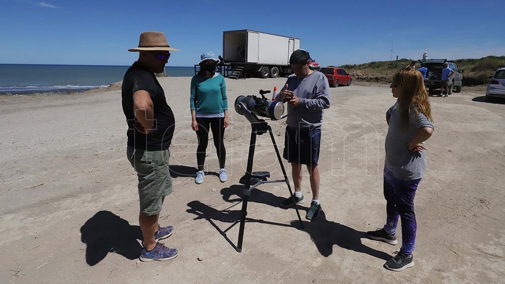 los destinos para observar el eclipse como Las Grutas tuvieron una ocupación de 72% en hoteles, mientras que Valcheta, El Cóndor y Bahía Creek estuvieron el 100% ocupados