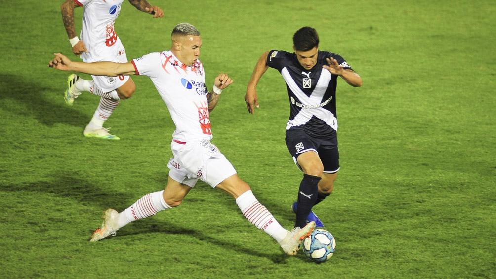 Huracán lo dio vuelta y le quitó el invicto a Independiente después de 13 partidos