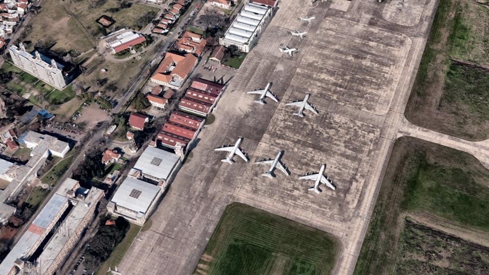 Denuncian serias deficiencias en la operación del aeropuerto de El Palomar  - Télam - Agencia Nacional de Noticias