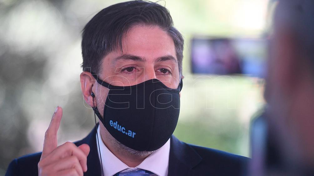 El ministro de Educación, Nicolás Trotta, habló por videoconferencia con sus pares de los 24 distritos del país.