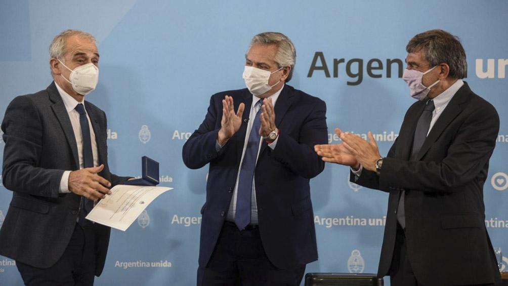 El presidente encabezó la entrega de la distinción Investigador de la Nación y de los premios Houssay y Sábato a científicos argentinos