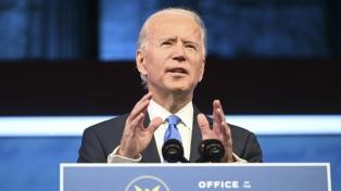 Biden anunció ayudas económicas y millones de empleos industriales y de vacunas