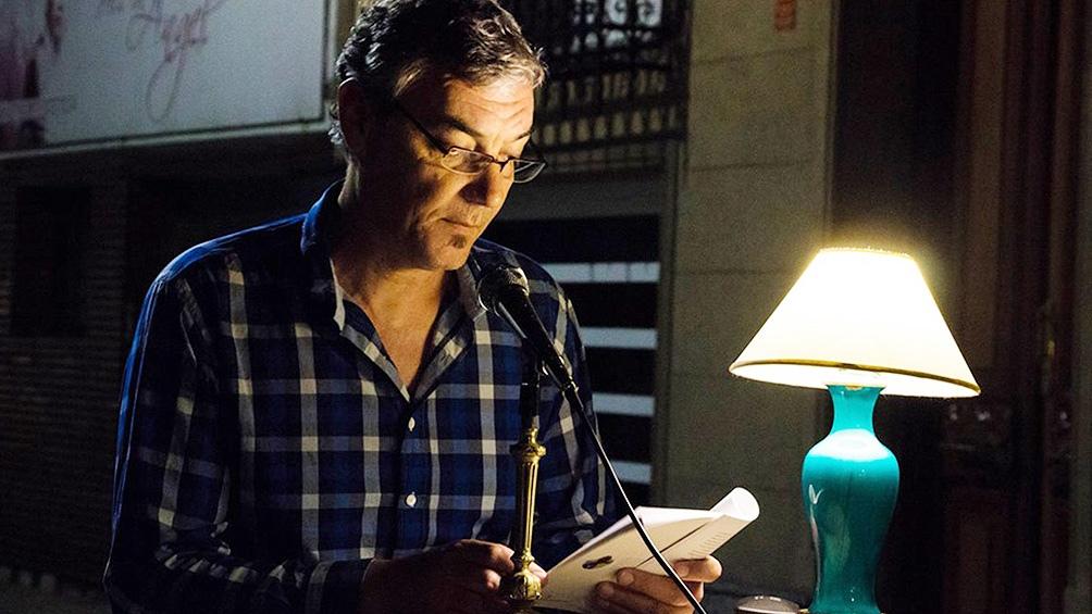 """Ulrich es periodista y autor de los relatos """"En el Oeste"""" y de las novelas """"Los Ariscos"""" y """"La vida urgente""""."""