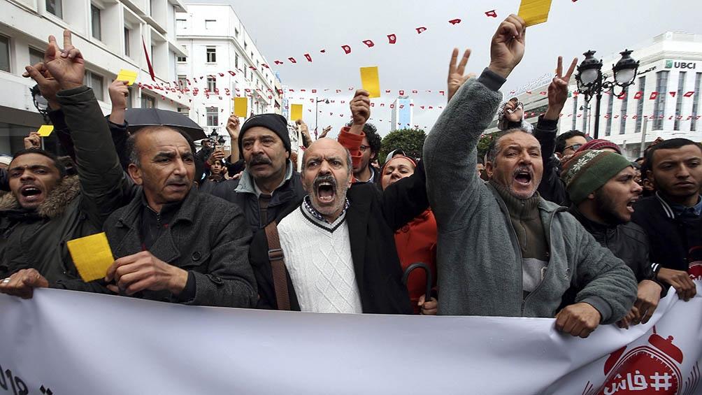 Las revueltas en Túnez dieron como resultado una nueva Constitución, la primera del mundo árabe que otorgó a mujeres y hombres el derecho a ser candidatos presidenciales.