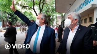 Fernández reivindicó la defensa de los trabajadores y ponderó a Camioneros