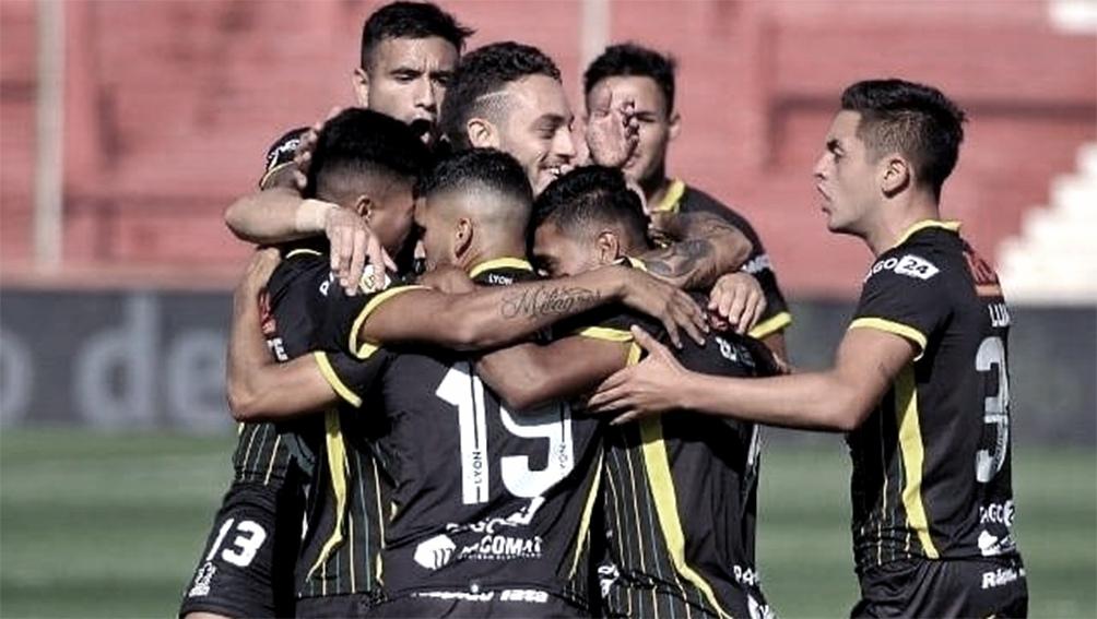 Defensa busca seguir en la Copa Sudamericana