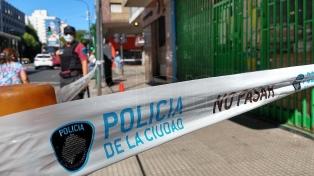 Disparan desde un auto 23 veces y asesinan a un ciudadano chino en Caballito