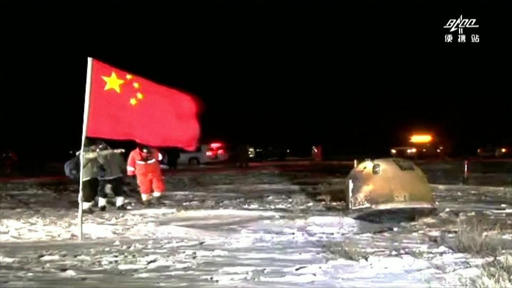 En diciembre China informó que recogió muestras del suelo lunar.
