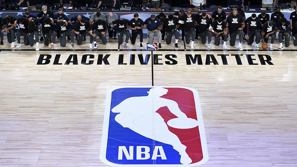"""Remeras alusivas al """"Black Lives Matter"""" dieron un boicot para el tradicional y comercial campeonato de la NBA."""