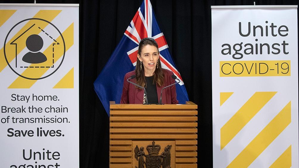 La primera ministra de Nueva Zelanda, Jacinda Ardern, anunció que prolongará hasta el 31 de agosto el confinamiento.