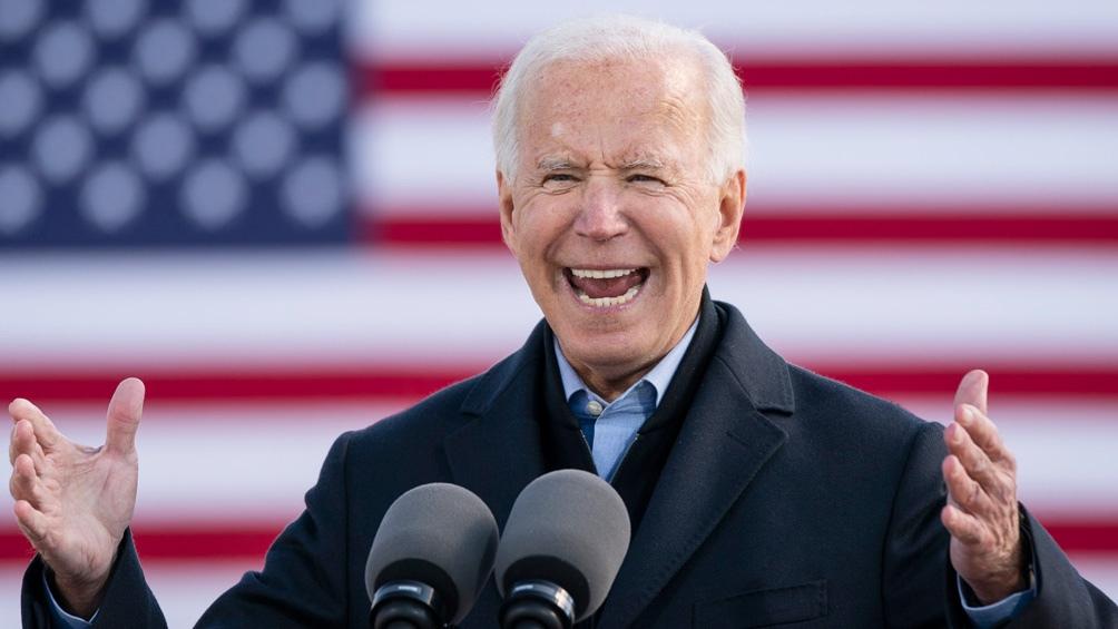Biden, más que feliz con el sorprendente triunfo en Georgia.