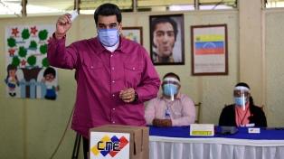 Maduro prometió que respetará eventuales triunfos de la oposición en las regionales