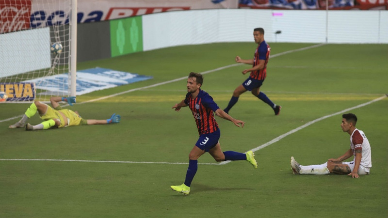 San Lorenzo rescató, sobre la hora, un empate con Colón