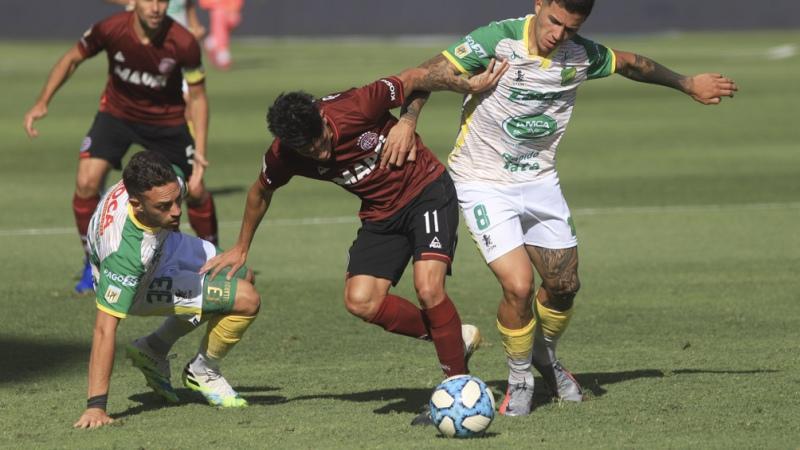 Lanús-Defensa será la primera final de la Sudamericana entre equipos de un  mismo país - Télam - Agencia Nacional de Noticias