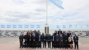 El Presidente está en Tierra del Fuego para poner en marcha el proyecto de Capitales Alternas