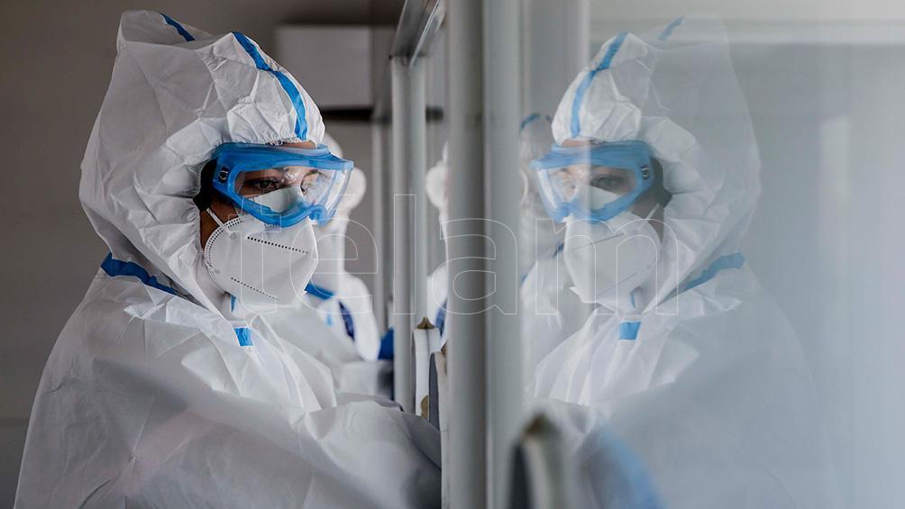 Murieron 140 personas y 7.891 fueron diagnosticadas con coronavirus en el país