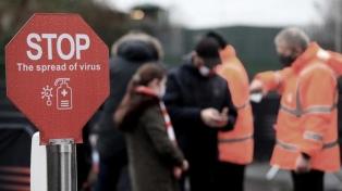 En Inglaterra cayeron 60% los contagios gracias al confinamiento y las vacunas