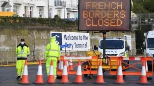 De a poco, el Reino Unido empieza a salir de su aislamiento por la nueva cepa