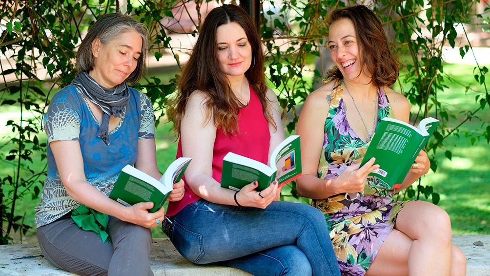 Laura A. Arnés, Lucía De Leone y María José Punte, editoras del primer tomo. Foto: Christoph Werner.