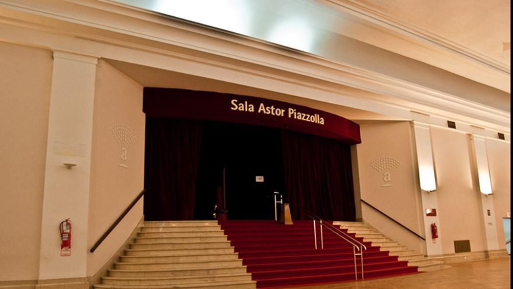 La entrada a la Sala Astor Piazzolla