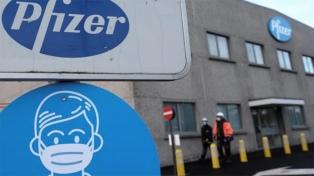 El Gobierno abrió un canal de diálogo con Pfizer para retomar el acuerdo por la vacuna