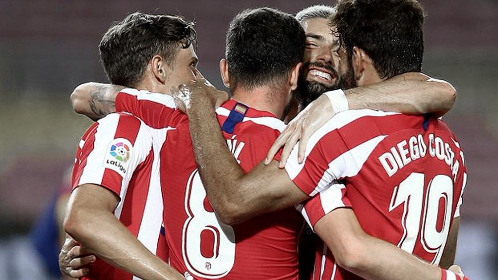 Atlético de Madrid recibe Alaves y Barcelona visita a la Real Sociedad