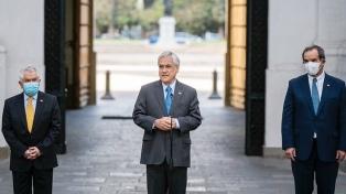 """Piñera acusó a la """"mayoría de constituyentes"""" de debilitar """"gravemente a la familia"""""""