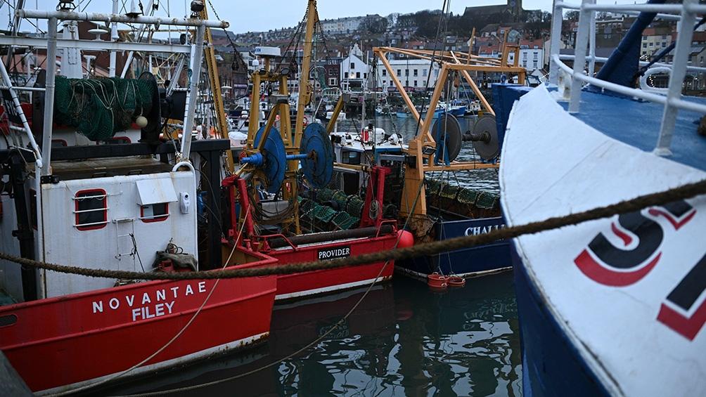 España, Bélgica, Países Bajos y Francia presionan para acordar un período de 10 años de transición en los que sus pesqueros podrían seguir trabajando de acuerdo a la Política Pesquera Común.