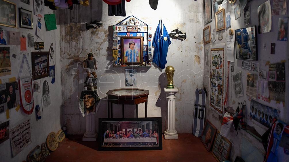 """La """"Casa de D10S"""", lugar sagrado para el recuerdo de Maradona"""