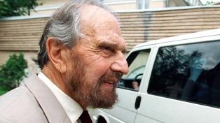 Murió George Blake, doble agente británico que espiaba para la KGB en la Guerra Fría