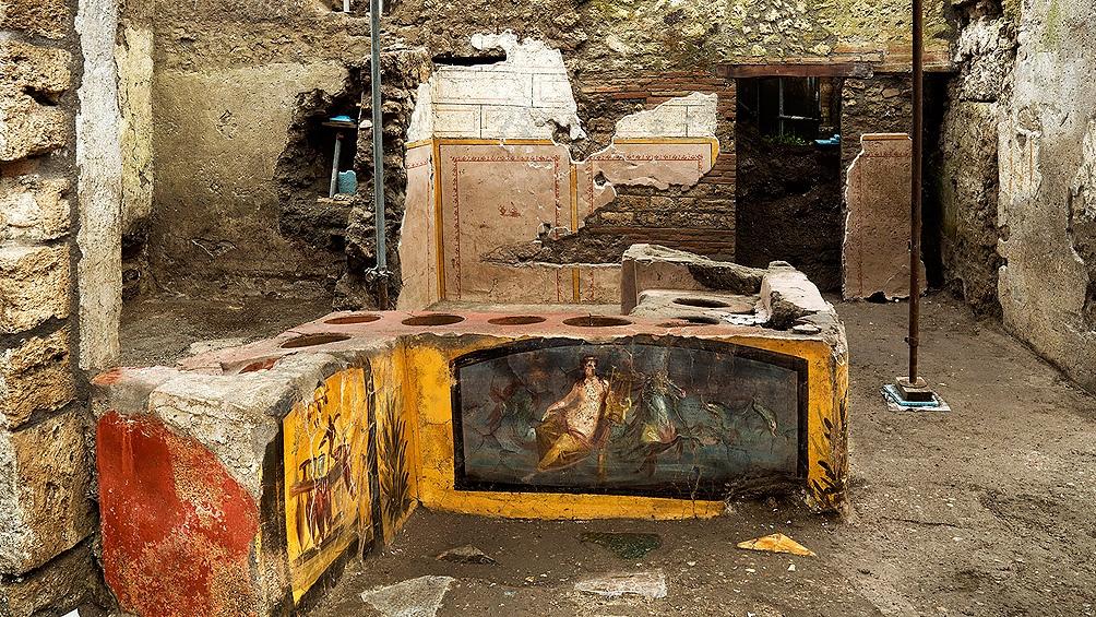 """Un thermopolium, especie de """"fast-food"""" en plena calle en la antigua Roma"""