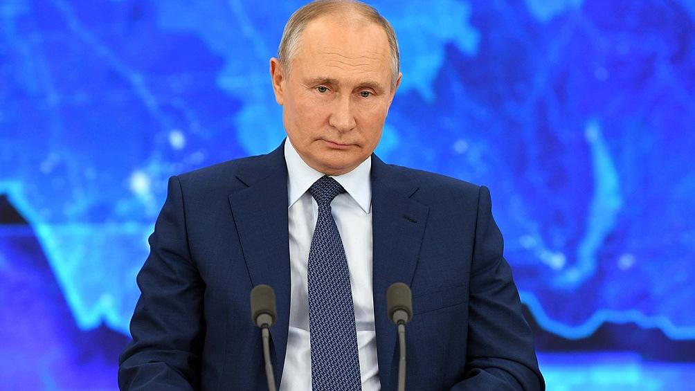 """""""Cuanto más fuertes somos, más fuerte es esta política de contención"""", concluyó el presidente ruso."""
