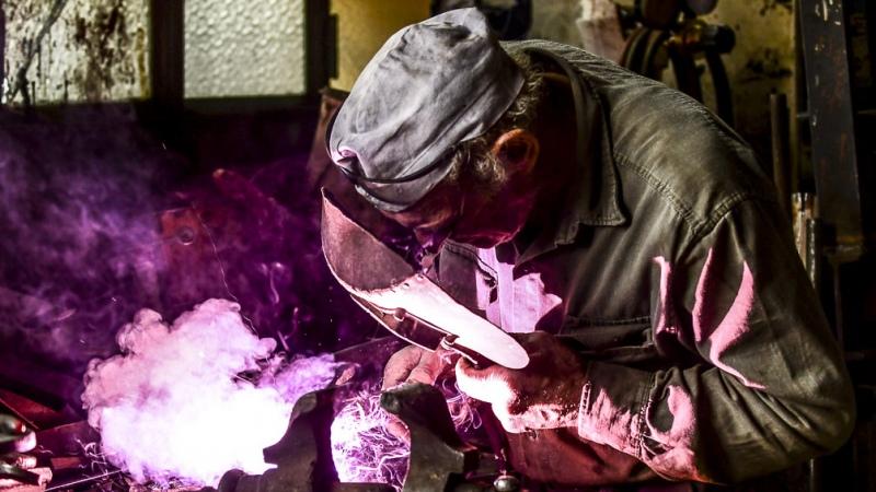 La actividad industrial subió 32,8% en marzo y la construcción 97,6%, informó el Indec