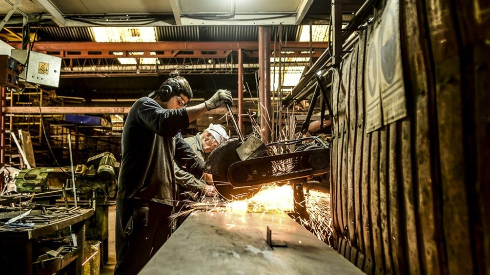"""Caló se mostró optimista y dijo que """"cuando en el país los gremios empiezan a discutir salarios significa que hay trabajo""""."""