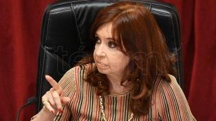 """Cristina Kirchner cuestionó la tapa de un diario y su """"desinformación y confusión"""""""