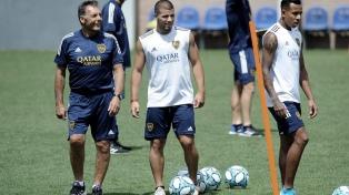 """Boca jugaría el Superclásico con un """"mix"""""""