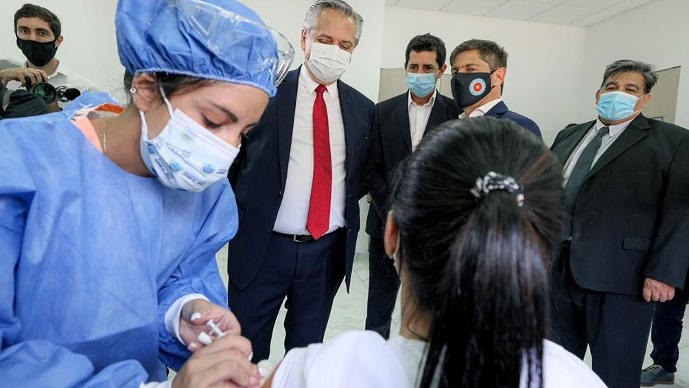 El Plan Estratégico de Vacunación contra el coronavirus comenzó el martes en el país.