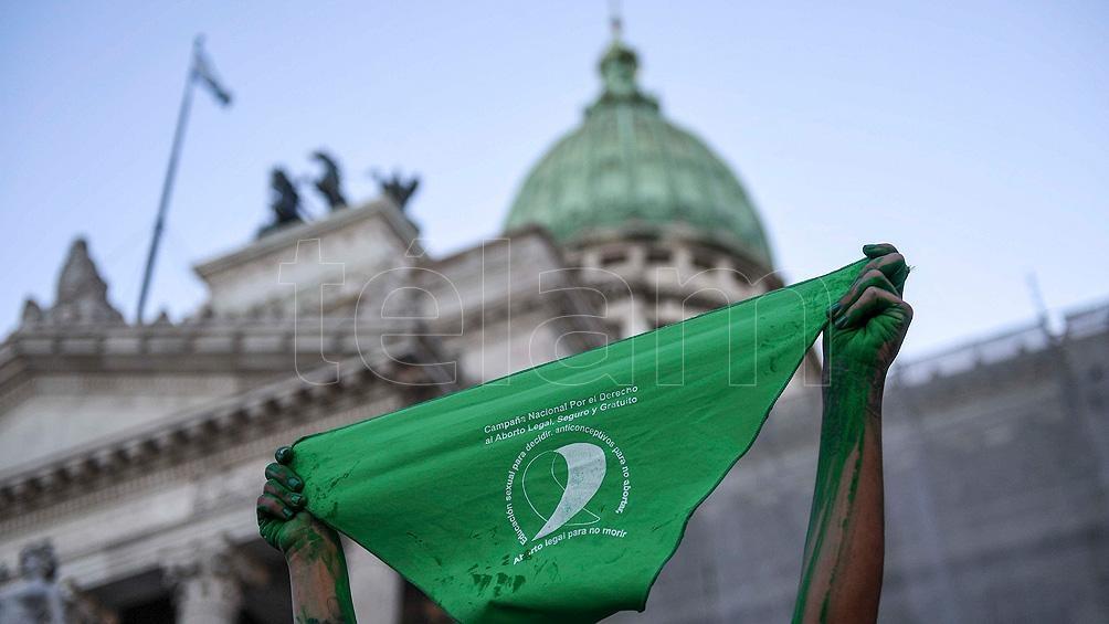 La Interrupción Voluntaria del Embarazo (IVE) fue convertida en ley por el Senado el 30 de diciembre pasado.