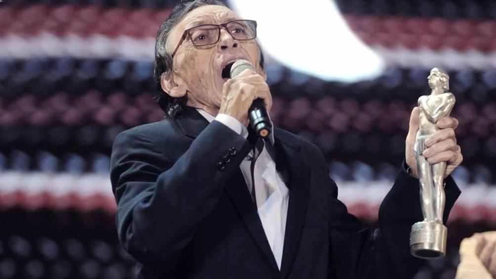 Nacido el 3 de enero de 1941 en Salta, Toro es un prolífico compositor con más de un millar de obras.