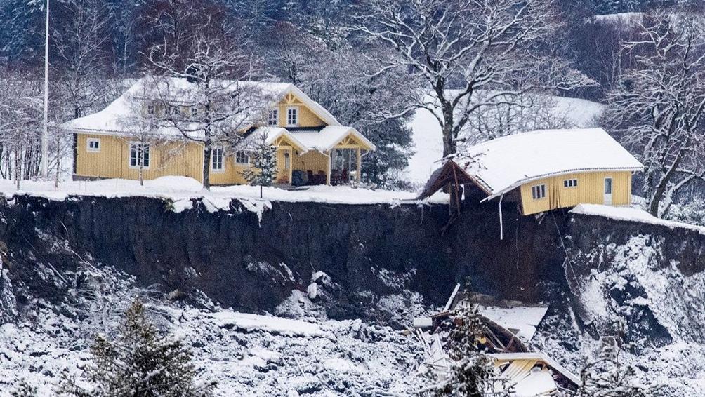 Algunas casas se desplazaron hasta 400 metros.