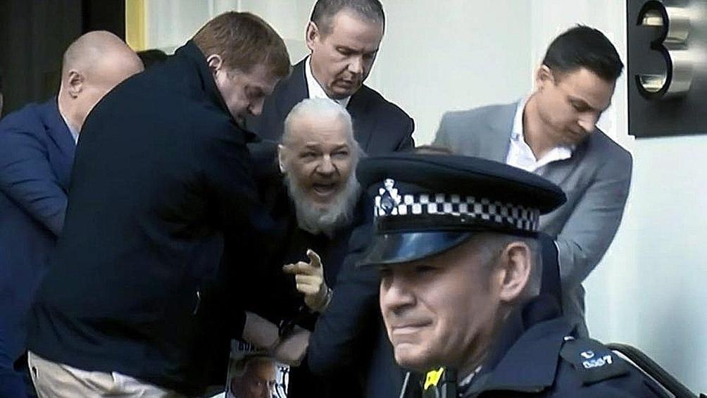 El fundador de WikiLeaks permanece en una prisión de Londres