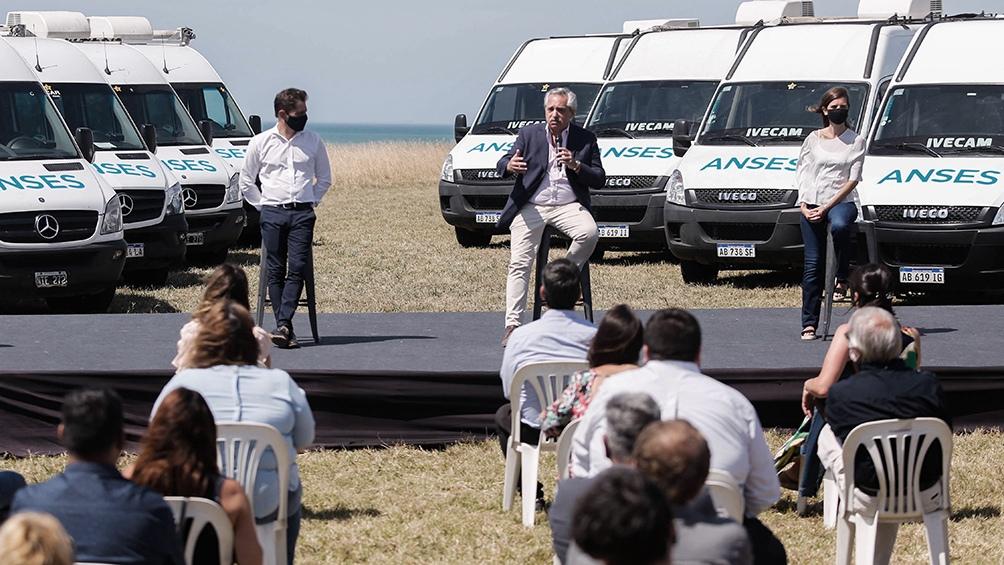 Fernández compartió el acto en Chapadmalal con Kicillof y Raverta.