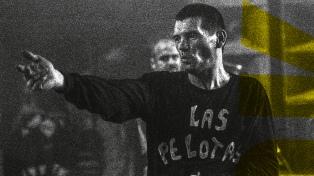 """""""Alejandro Sokol. El cazador"""": la biografía del indómito músico que hace foco en su arte"""