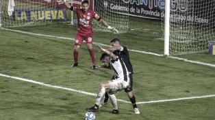 Racing ante Central Córdoba en el anteúltimo partido con Beccacece como DT