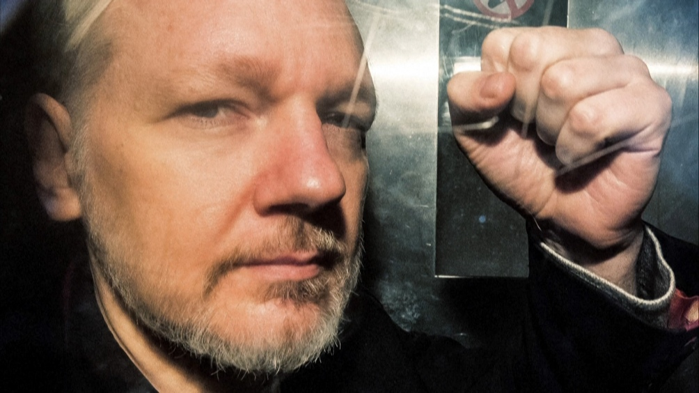 Julián Assange todavía tiene otra causa en el Reino Unido pero México le ofrece asilo.