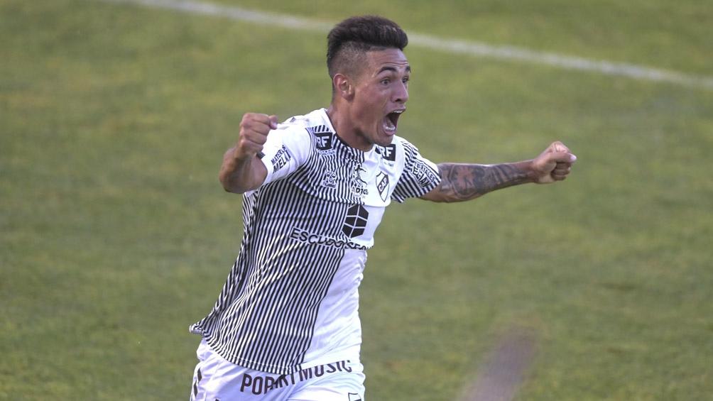 El equipo de Vicente López es quien más posibilidades tiene para ser finalista en la Zona A.