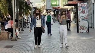 Consejos de los especialistas para mejorar la eficacia de los barbijos caseros